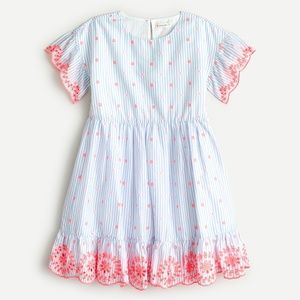 NWT Crewcuts Girls Embroidered Scallop dress in 5